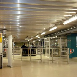 Air-Gatwick-Immigration-Hall-5